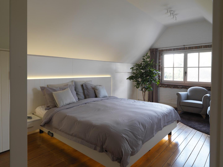 Landelijke slaapkamer realisaties maatwerk deba meubelen deba meubelen - Zolder ontwikkeling ...