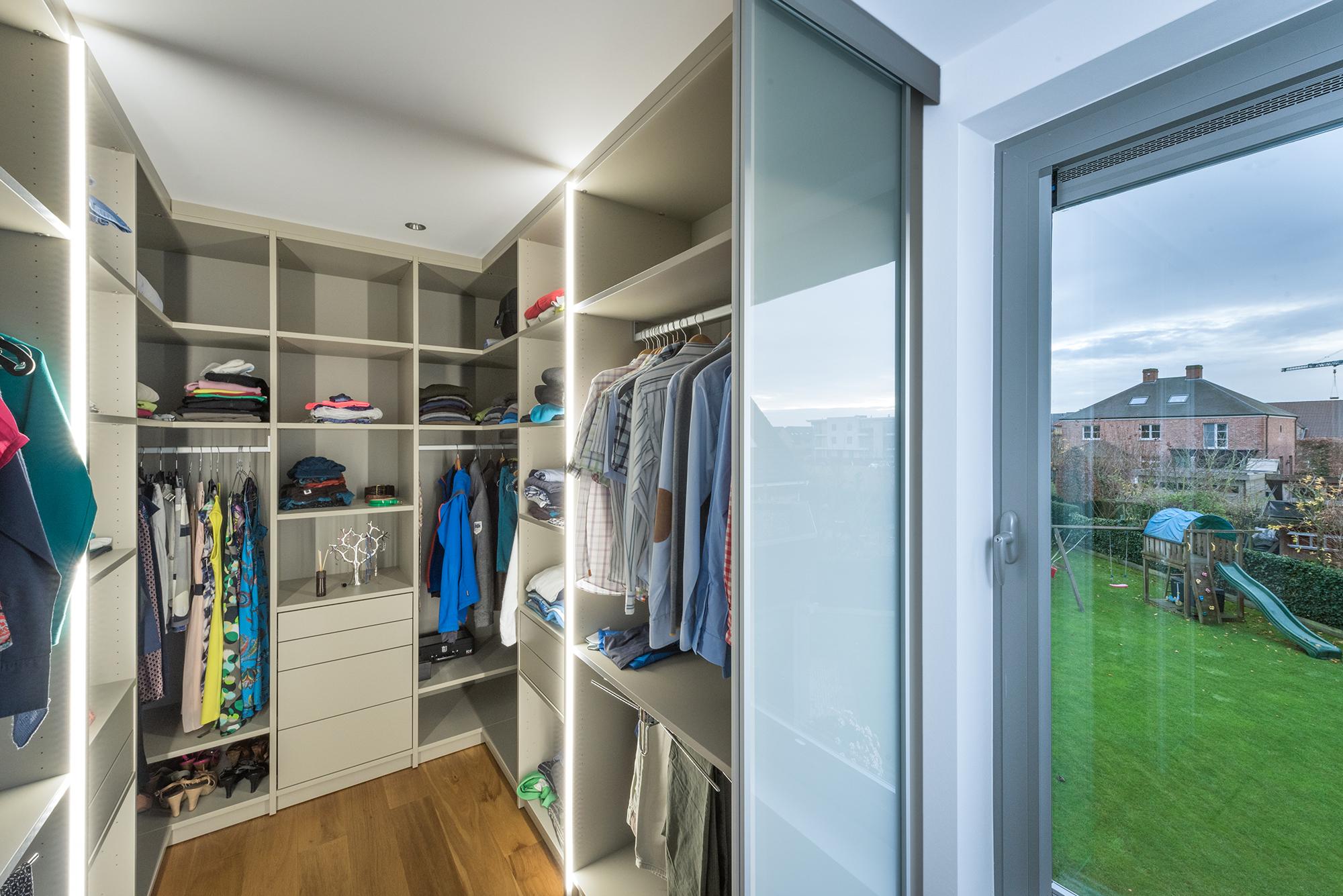 Dressing in slaapkamer realisaties maatwerk deba meubelen deba meubelen - Dressing slaapkamer ...